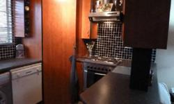 This homely 2 bedroom 1st floor flat is spacious and