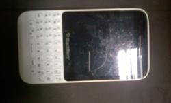 Blackberry Q5 for blackberry 9900 or 2500 cash with box