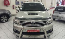 2012 TOYOTA FORTUNER 3.0 D4D AUTO 4X2 71 000KM TYRES IN