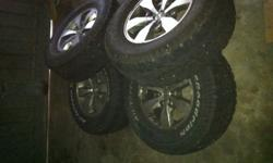 Original toyota Hillux rims and Tyres 16 inch in good