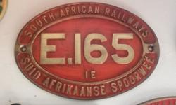 Oval train plaques, extra heavy and an awesome décor