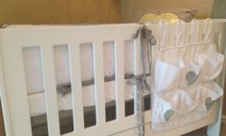 I am selling a second hand Treehouse classic cot. The