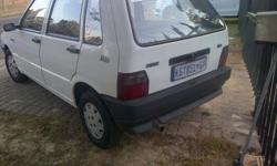 Fabrikaat: Fiat Model: Uno Mylafstand: 90,000 Kms