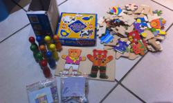 Soort: Puzzles Variety of baby puzzles (Skittles have