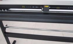 V-Series Vinyl Cutter with 850mm Working Area (NEW)