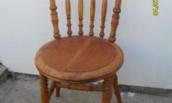 Very nice satin wood spindle back chair. in very good
