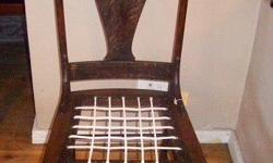 Got this very nice vintage chair for sale. Transport