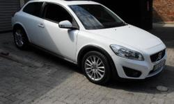 Fabrikaat: Volvo Model: C30 Mylafstand: 66,000 Kms