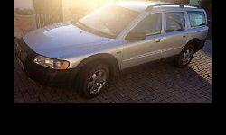 Volvo XC70 Station Wagon, 2001, Auto, immaculate