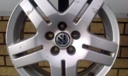 4x original vw alloy mags  few scratches but good