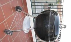 Original Weber (57cm) for sale. Was bought just over a