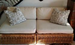 Couch for sale! BARGAIN 182cm x 79cm (combined) or 91cm