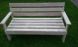 Beskrywing wooden bench 1,4m white wash finish