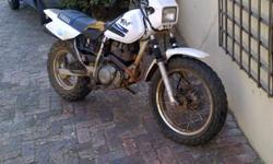 Yamaha Blaster 200cc Seat needs minor attention, bike