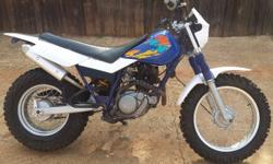 hi im selling my Yamaha TW 200 i baught it for my gf