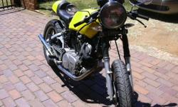 One of a kind Cafe Racer Yamaha V-Twin 1000cc in very