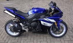 Selling my beloved Genuine SA Imported 2011 Yamaha YZF